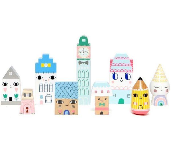 En los brazos de mamá es una tienda online de juguetes educativos, juguetes de madera, regalos originales