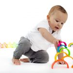 Packaging-neon-galeria-my-first-rainbow-dena-toys-2